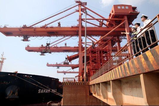 上海清关公司浅析CIF条款的货物到港后一般会产生哪些费用?